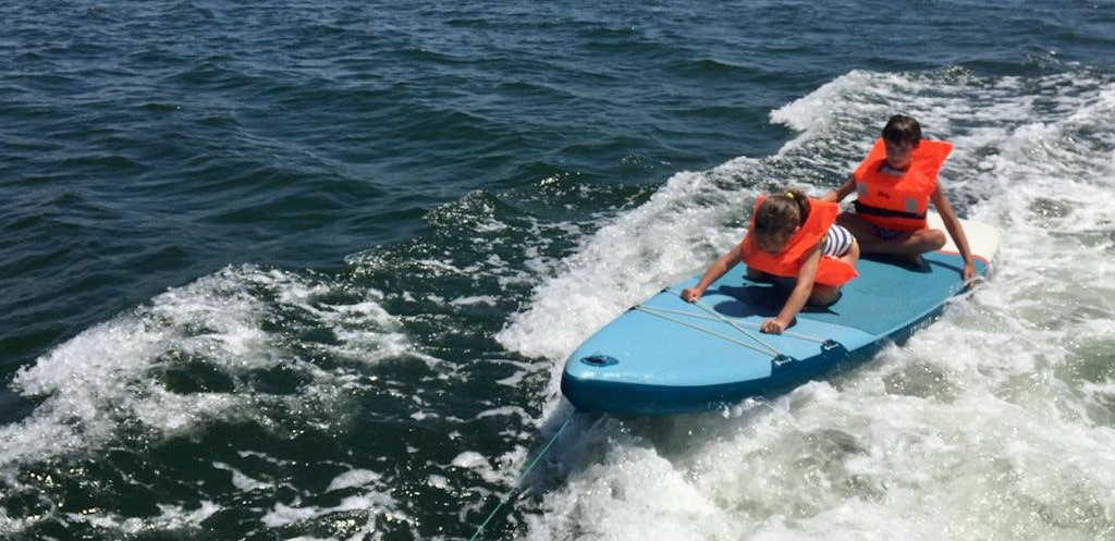 paddle surf niña